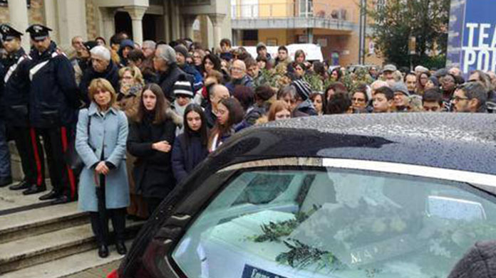 corinaldo funerali mattia orlandi