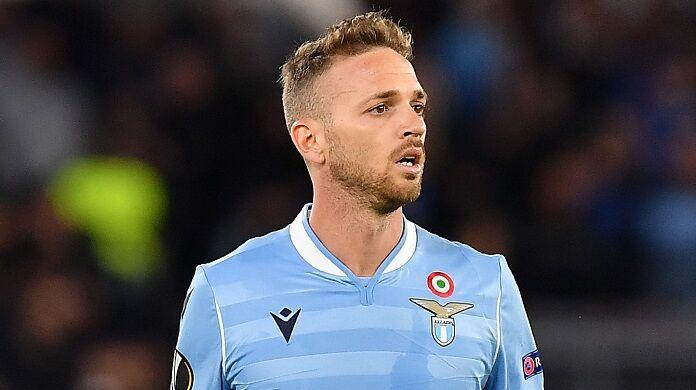 Lazio, problemi per Lazzari in Nazionale: costretto a lasciare il ritiro
